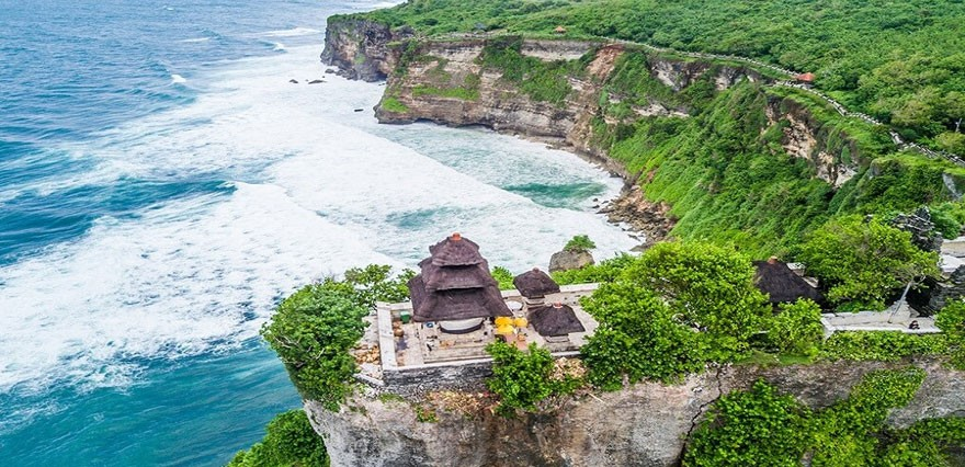 uluwatu-kecak-dance-tour-bali-pys-travel.jpg