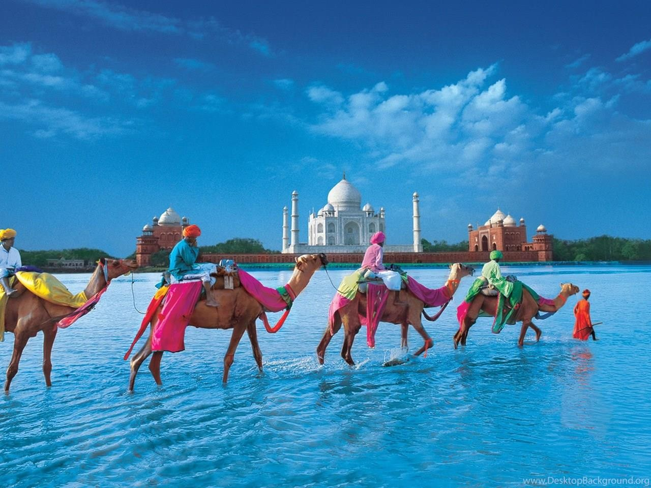 Viet_Dung-185209115252-348427_beautiful-taj-mahal-hd-wallpapers_2000x1440_h.jpg